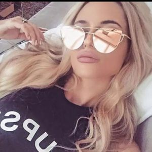 Accessories - Too cute trendy sunglasses!!!